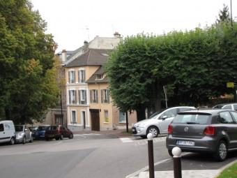 101005 Place du Chenil aujourd'hui.jpg